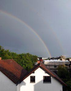 Regenbogen nach heftigem Gewitter