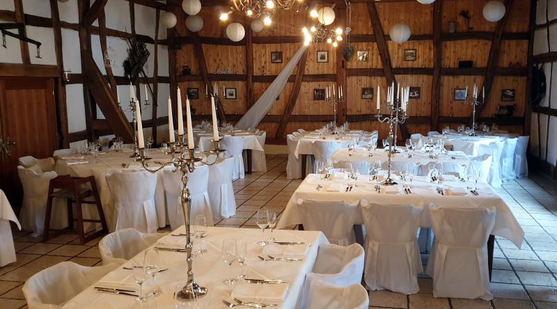 Hochzeitssaal vor Dekorierung