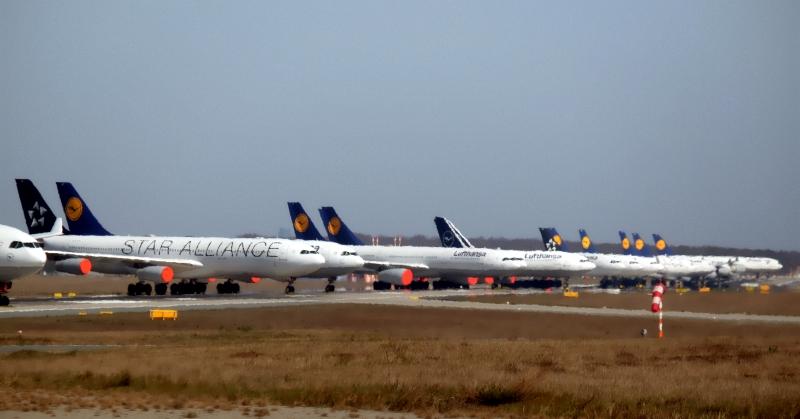Geparkte Flugzeuge 1